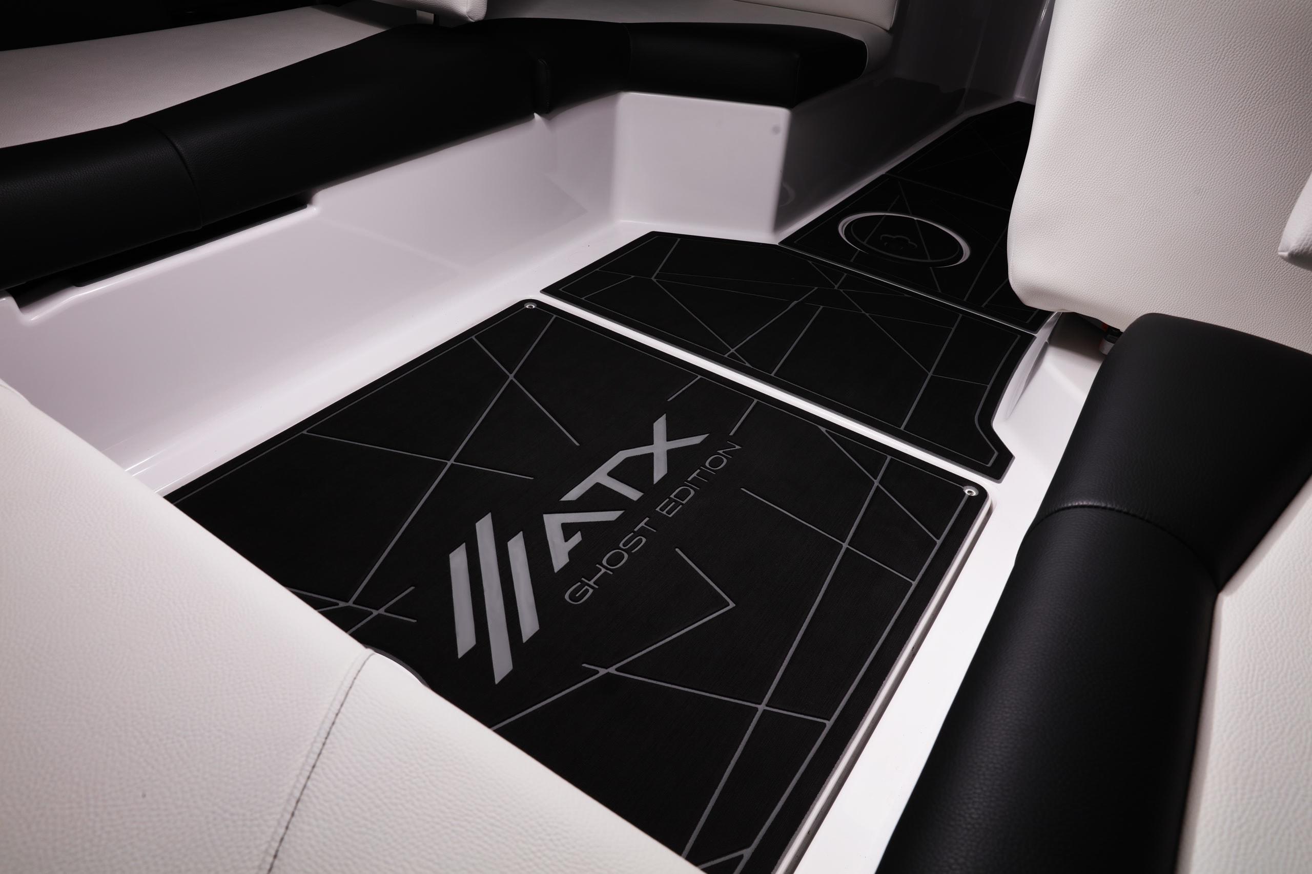 interior floor of atx wake boat